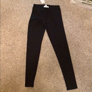 Forever 21 black leggings small